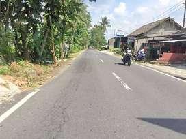 Tanah Luas dan Lebar Ideal di Tepi Jl. Raya Wedomartani Cocok Gudang