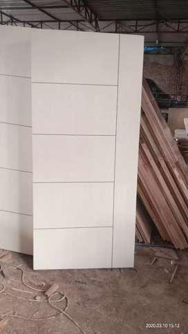Daun pintu minimaliss