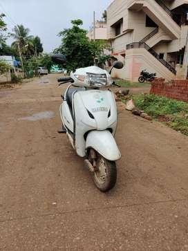 Honda activa white colour