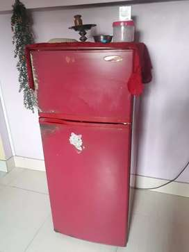 BPL frost free refrigerator 190 litre, in good working condition