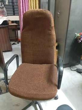 Comfortable Rotating Chair