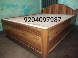New designer box bed having queen size 5/6.5