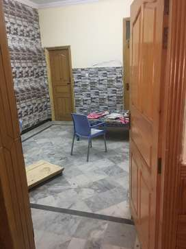 Separate room for single person in well furnished home, Ground floor