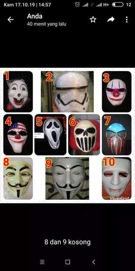 Topeng anonimous dan lain lain
