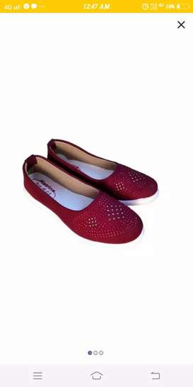 shoes judt for fashion