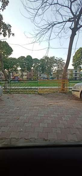 Facing park 6 Marla plot sector 79 mohali