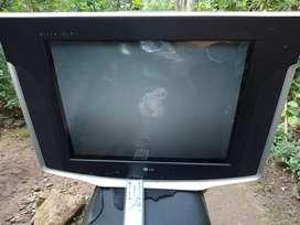 TV LG layar datar slim 21 inc