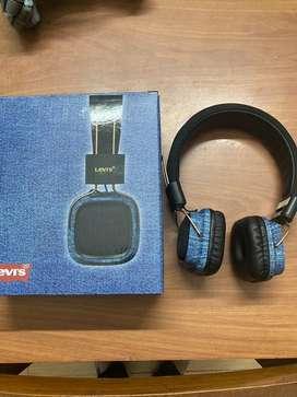 Levis bluetooth headphone