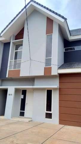 Rumah 2 Lantai dekat POLDA, GOR SUDIANG, Pasar daya, KIMA