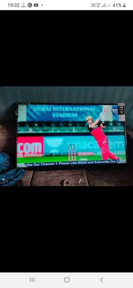 32 inch smart uhd HD TV with 3year warranty home delivery free