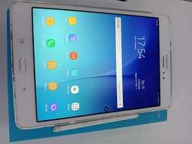 Samsung tab A 8 innci with S Pen  2/16 yg minat