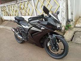 Antik !! Ninja 250 R 2012 Black Predator Low KM 15Rb Asli Ex Simpanan