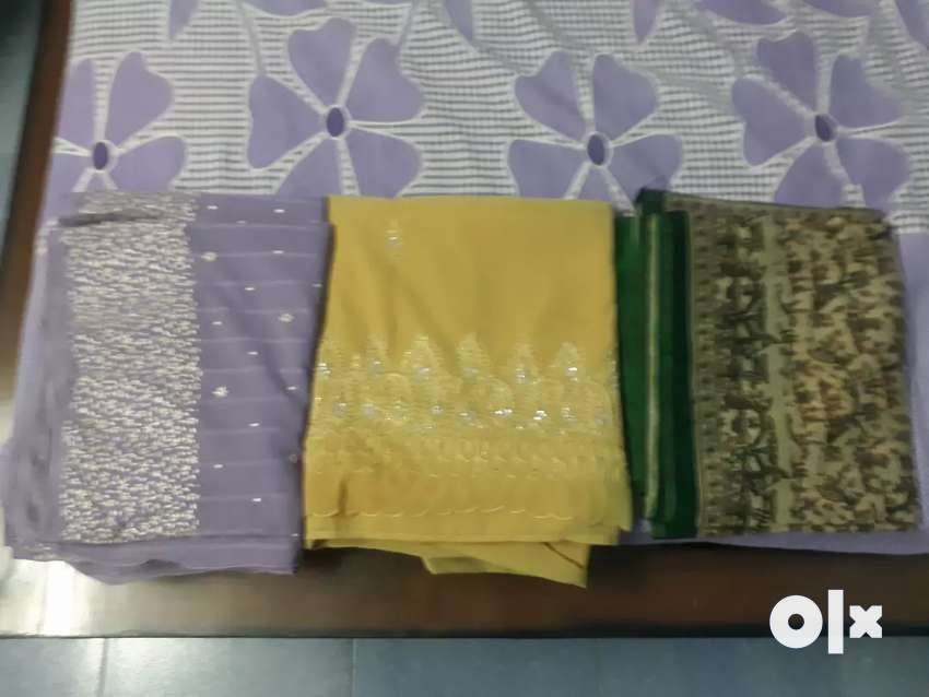 2sarees of green and skin colour.only once used. 0