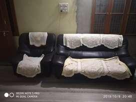 Selling sofa set