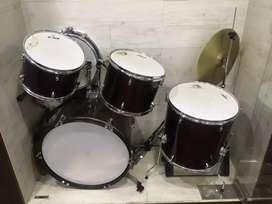 Brand new drum kit (unused)