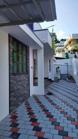 New house for sale in Sreekariyam Njandoorkonam