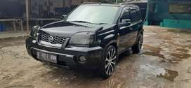 Nissan x-trail 2.5st metic thn 2004
