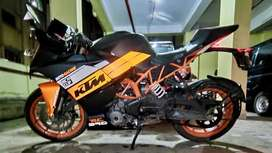 Fully modified customized stunning looking RC 390.