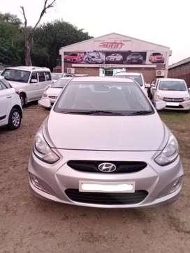 Hyundai Fluidic Verna 1.6 CRDi SX, 2014, Diesel