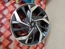 Creta diamond cut alloy wheels