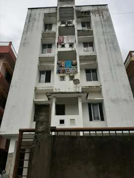 3bhk, 1800 sq/ft ...2800 built-up area.