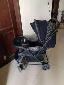 Stroller bayi merk babydoes