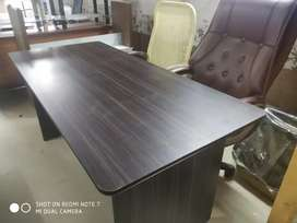 New 5.5*2.5 feet Conference Table 10 No's