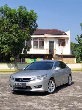Honda Accord Vti.l matic tahun 2013 , Super