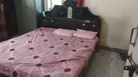 6/6 delux cot with mattress