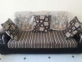 Sofa Set 5 Seater With Cushions