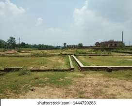 Land available under 25 lac near Sahastradhara Road