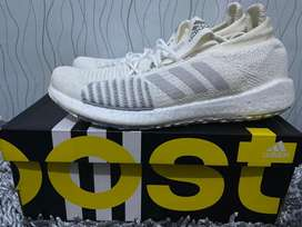 Sepatu ADIDAS pulseboost HD Shoes Uk42