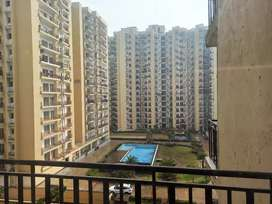3 bhk  Flat 1150 sqft for sale on Noida sector 74 Supertech Capetown