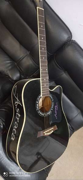 Astracca Acoustic guitar jambo size