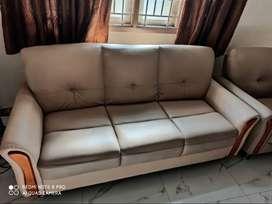 2 yrs old 3+1+1 JFA made sofa