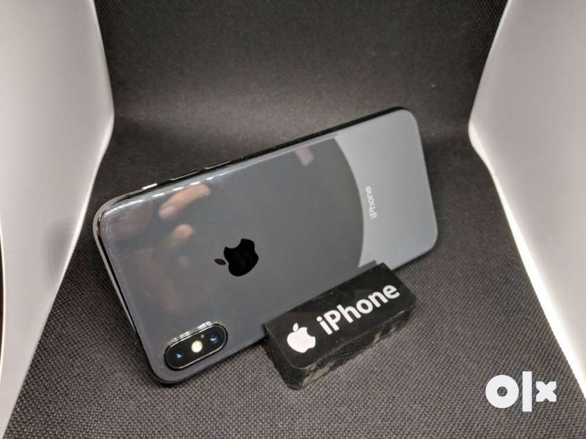 Apple iPhone X 64GB with all accessories and Bill 0