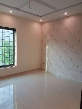 Prime AND Hot Location room For Rent In SA Garden Lahore