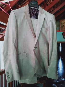 WEDDING/PARTY SUIT SET OF 5