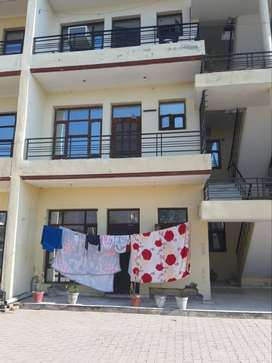 3 BHK FLAT FOR SELL IN MODEL TOWN NEAR KHARAR SECTOR 126