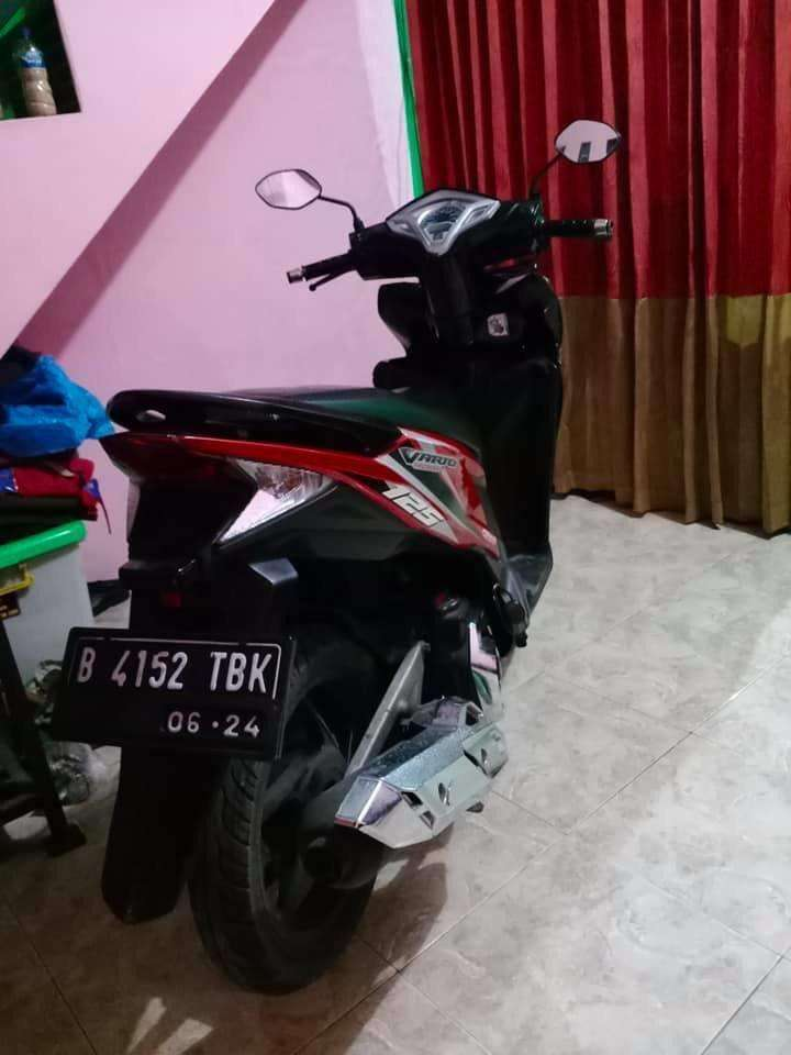 Honda vario 2014 (lengkap)