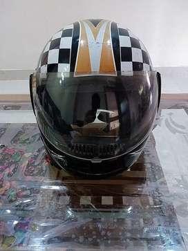 Studs  Ninja Helmet
