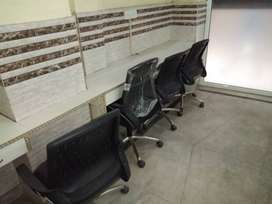 Fully Furnished Office space available in Laxmi Nagar.