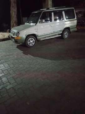 Mai car driver hu jisko bhi jarurat wo sampark kare