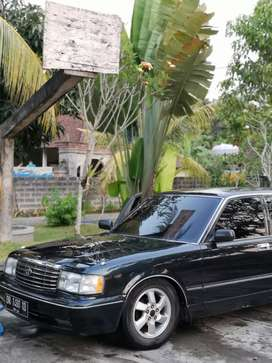 Toyota crown royal saloon matic thn 94