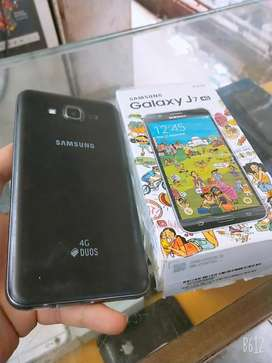 Samsung j7 2018 with new condition