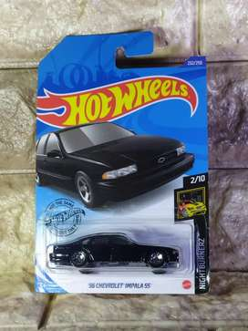 Hot Wheels 96 Chevrolet Impala SS HotWheels