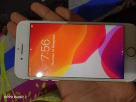 I m selling iPhone 7
