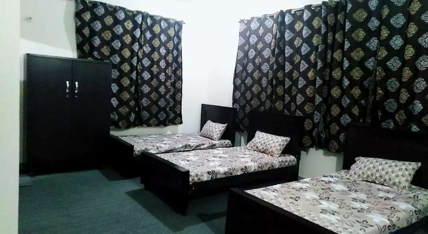 Luxury girls hostel for Students & Employees 0