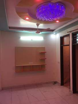 2bhk flat ready to move available with roof and bike parking
