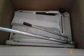Mesin Potong Kertas 868 Alat Pemotong Kertas Karton 1 Rim A3 Manual